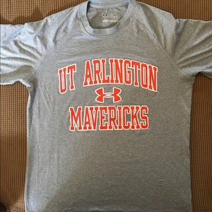 UT Arlington performance T-shirt size S